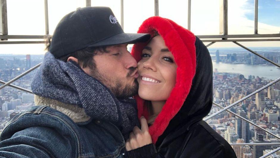 Val Chmerkovskiy and wife Jenna