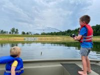 carrie-underwood-and-mike-fisher-kids-see-cutest-family-photos
