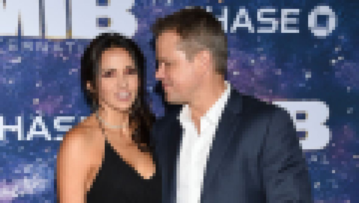 matt-damons-wife-luciana-barroso-meet-the-actors-longtime-spouse