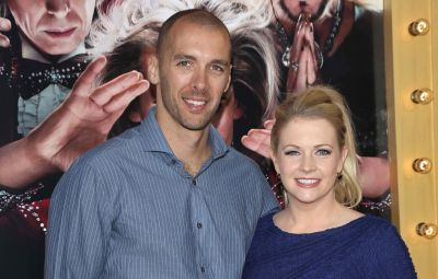 melissa-joan-hart-celebrates-the-first-time-she-met-husband-mark