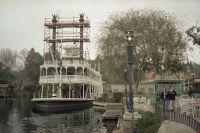 disneyland-riverboat