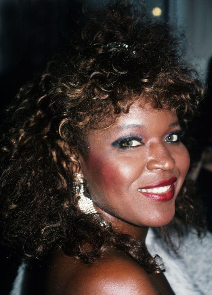 Alaina Reed Hall - 01 Jan 1990