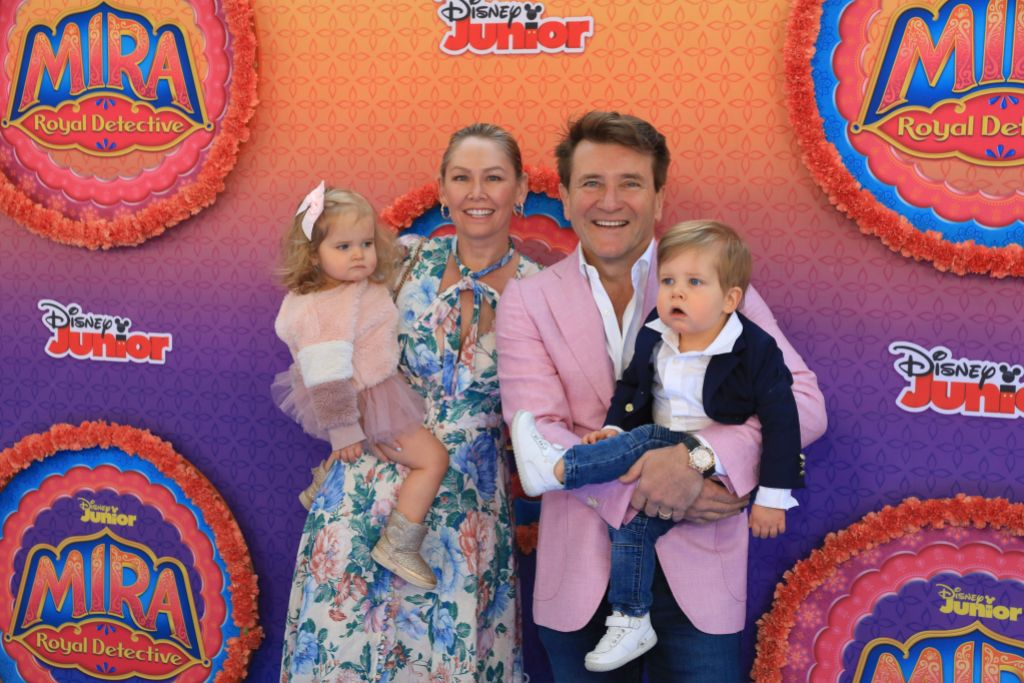 robert-herjavec-and-haven-enjoy-daddy-daughter-tailgate-party