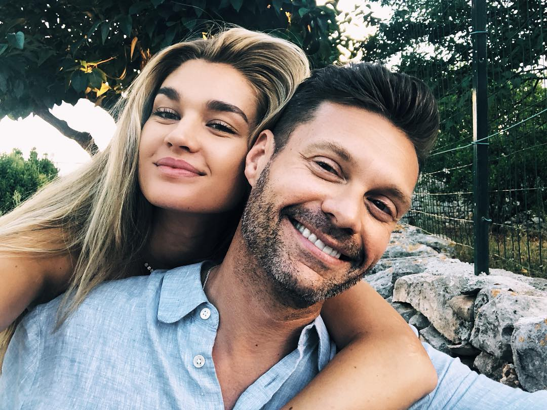 Ryan seacrest dating history benicio del toro dating
