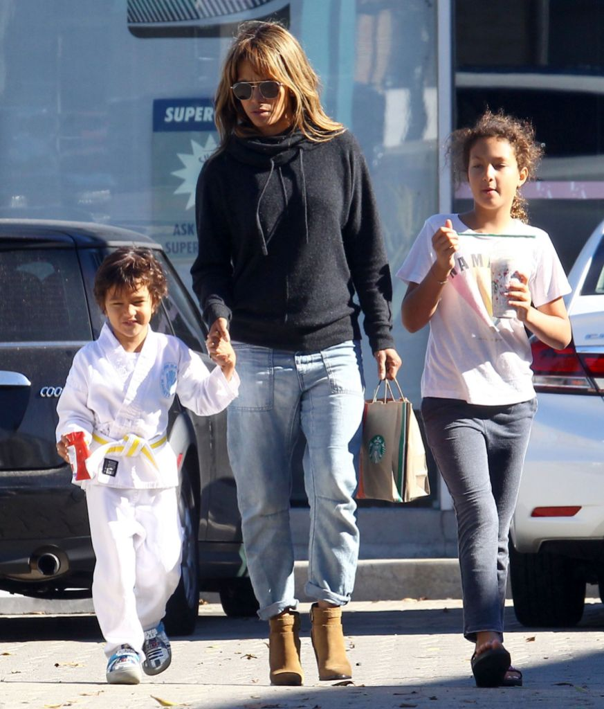 Halle Berry out and about, Los Angeles, USA - 02 Dec 2018