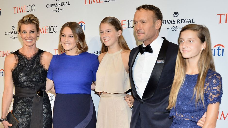 tim-mcgraw-and-faith-hills-kids-meet-the-stars-3-daughters