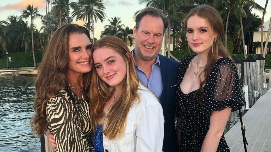 brooke-shields-2-kids-daughters-rowan-and-grier-with-chris-henchy