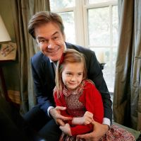 Dr. Oz and granddaughter Philo