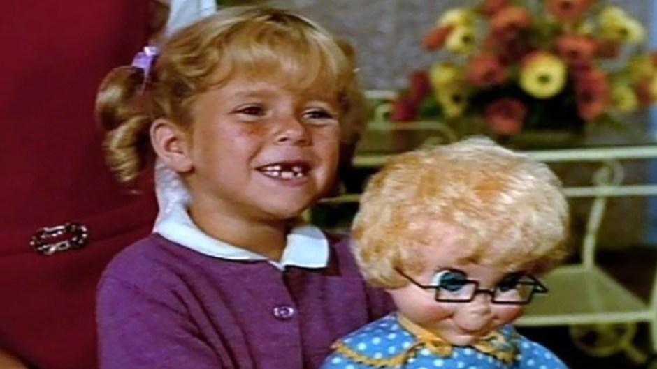 anissa-jones-and-mrs-beasley-from-family-affair