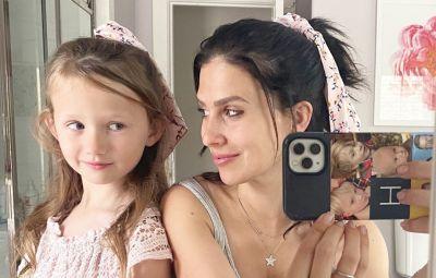 hilaria-baldwin-shares-photo-of-daughter-carmens-makeup-skills