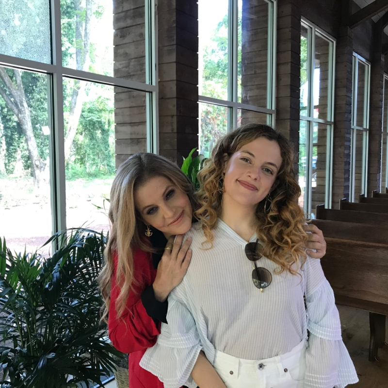 Lisa Marie Presley and her daughter Riley