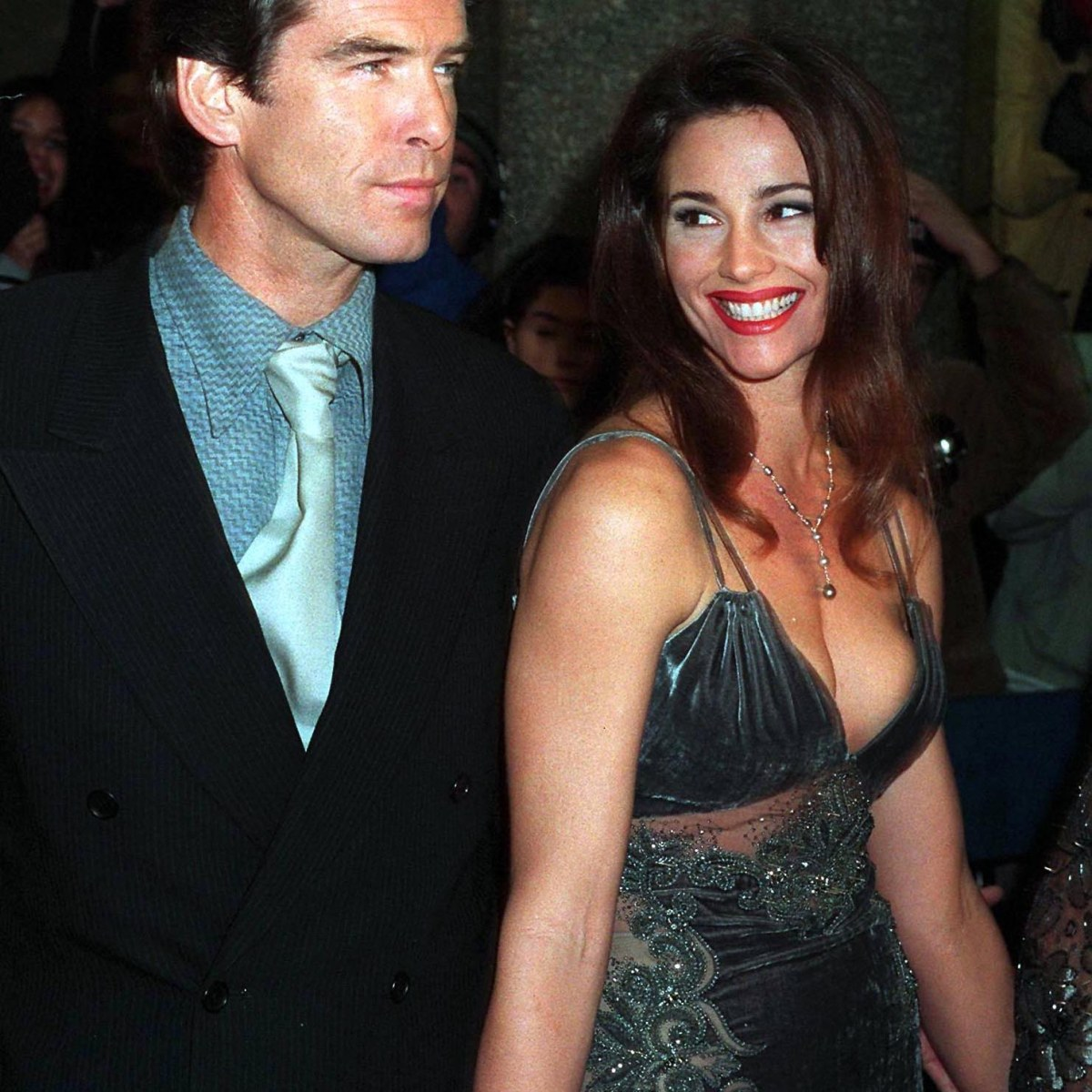 Dating pierce brosnan Who is
