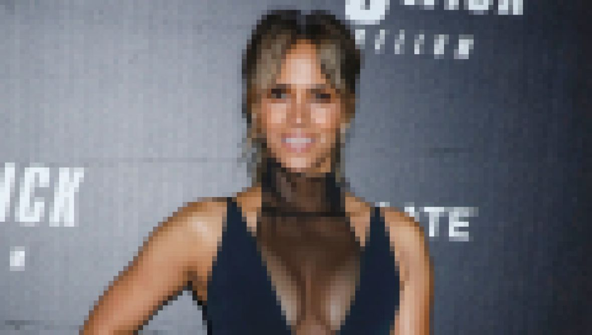 where-does-halle-berry-live-see-photos-of-her-malibu-mansion