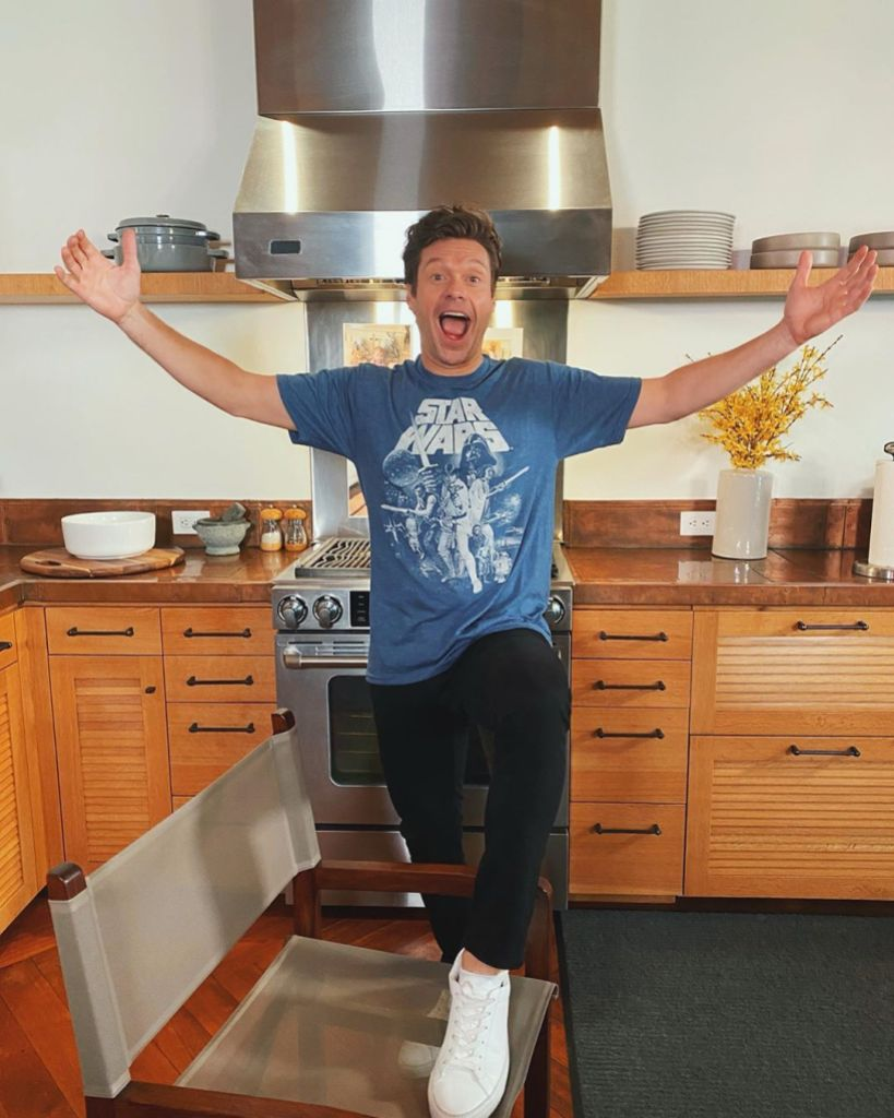where-does-ryan-seacrest-live-photos-inside-his-new-york-townhouse