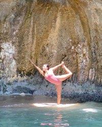 eva-longorias-sexiest-swimsuit-photos-see-the-actress-amazing-body