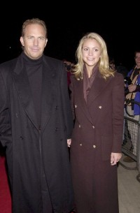 kevin-costner-and-wife-christine-baumgartners-cutest-photos