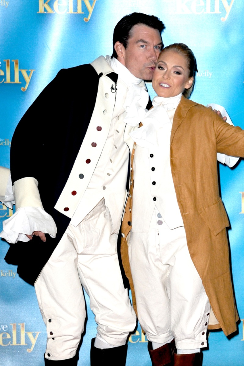 Jerry O'Connell and Kelly Ripa