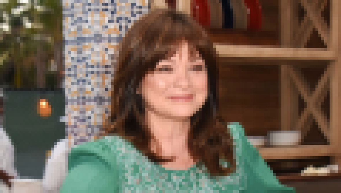 where-does-valerie-bertinelli-live-photos-of-her-los-angeles-home