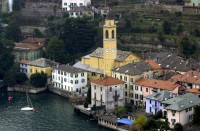 George and Amal Clooney's waterfront villa in Lake Como George-clooney-and-amals-home-in-lake-como-italy-photos