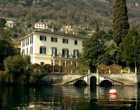 George and Amal Clooney's waterfront villa in Lake Como George-clooney-and-amals-home-in-lake-como-italy-photos03