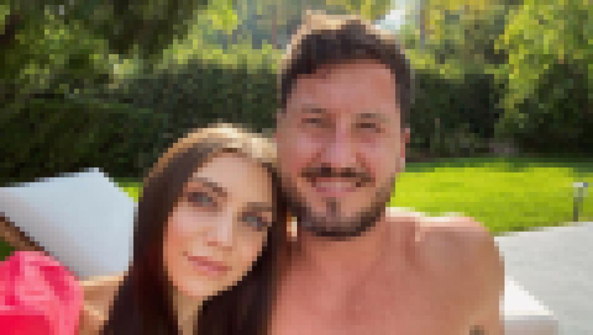 jenna-johnson-and-val-chmerkovskiys-los-angeles-home-photos