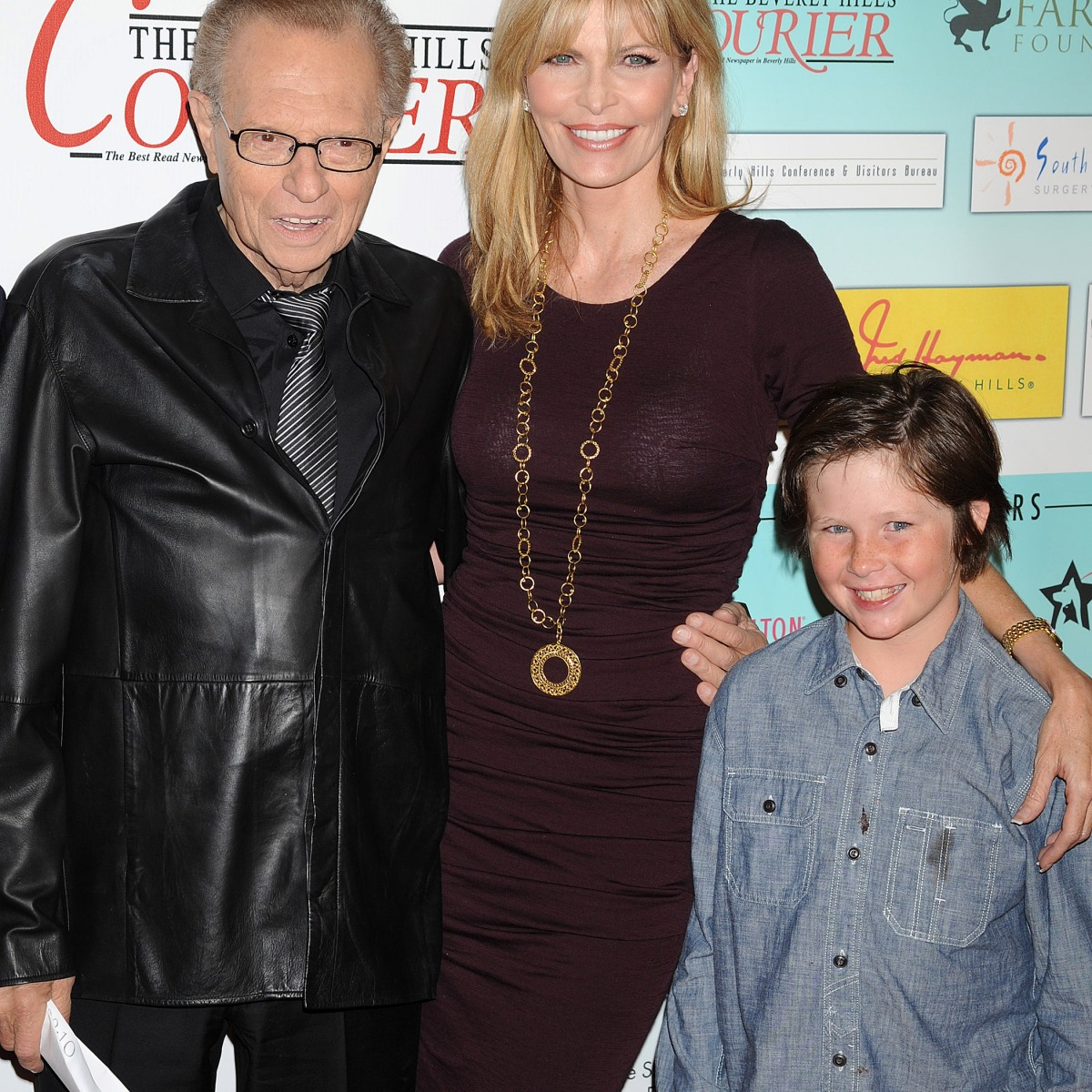 Larry King And His Kids See The Tv Star S Cutest Family Photos