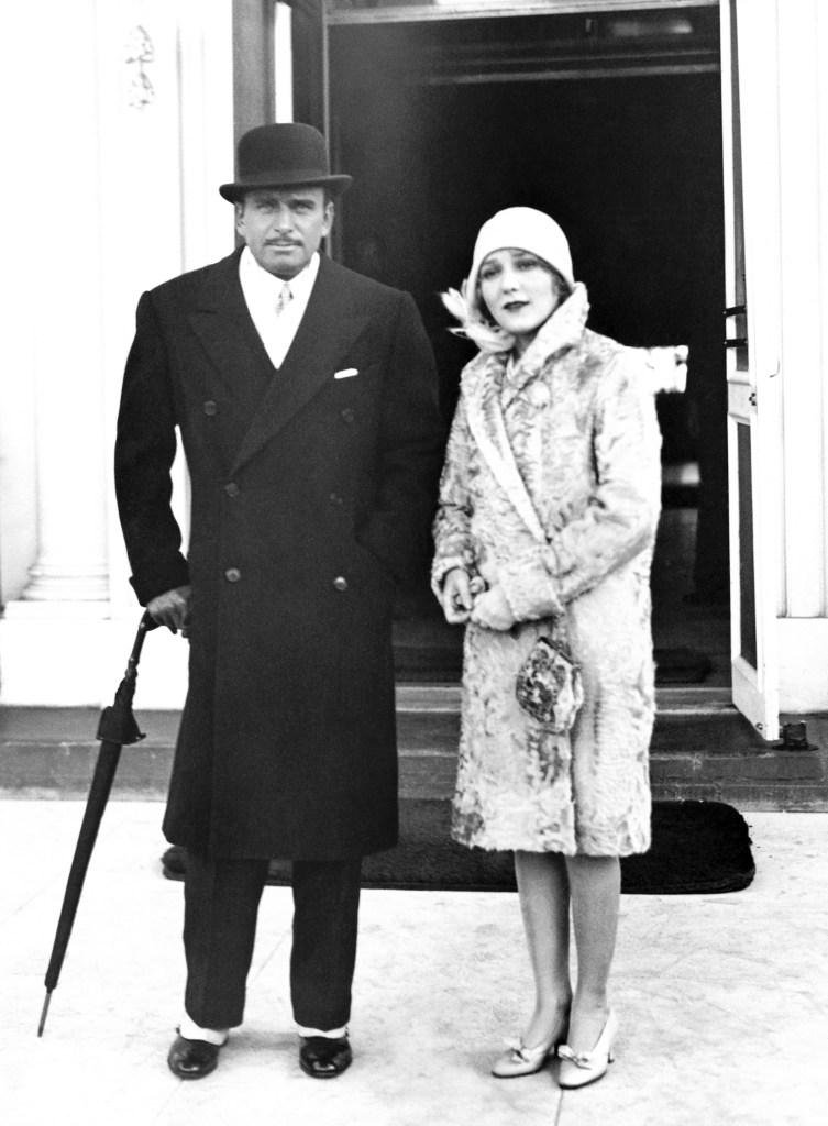 mary pickford douglas fairbanks 1928