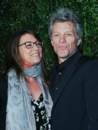 who-is-bon-jovis-wife-get-to-know-dorothea-hurley