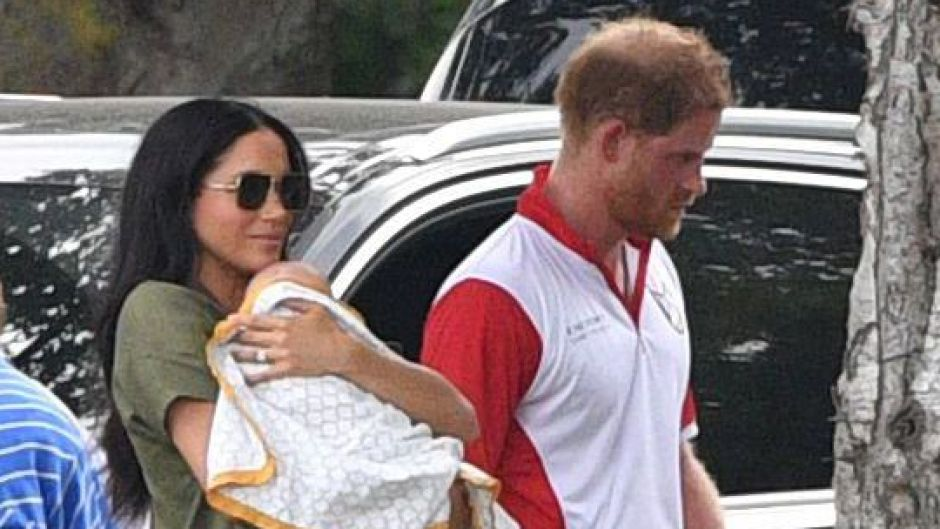 prince-harry-and-meghan-markle-prefer-archie-play-outside
