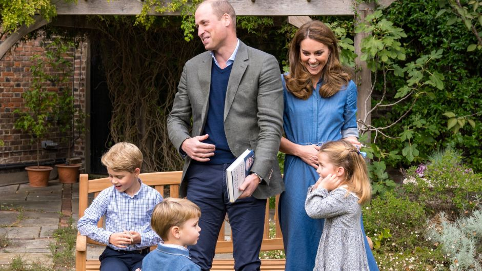 https://www.closerweekly.com/posts/prince-william-kate-middleton-relationship-timeline-photos/