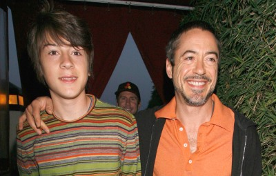 robert-downey-jr-s-kids-get-to-know-indio-avri-and-exton