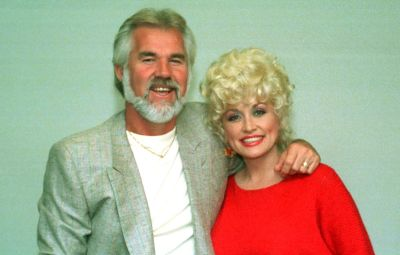 dolly-parton-loved-late-singer-kenny-rogers-to-death