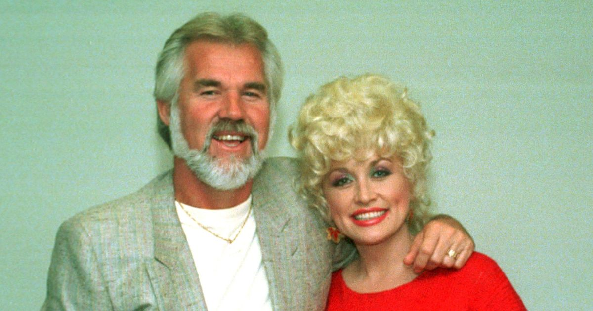 Dolly Parton Gushes Over Friendship With Late Kenny Rogers - Closer Weekly