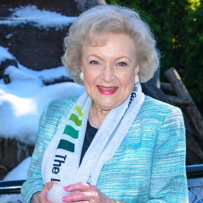betty-whites-99th-birthday-plans-are-low-key-details