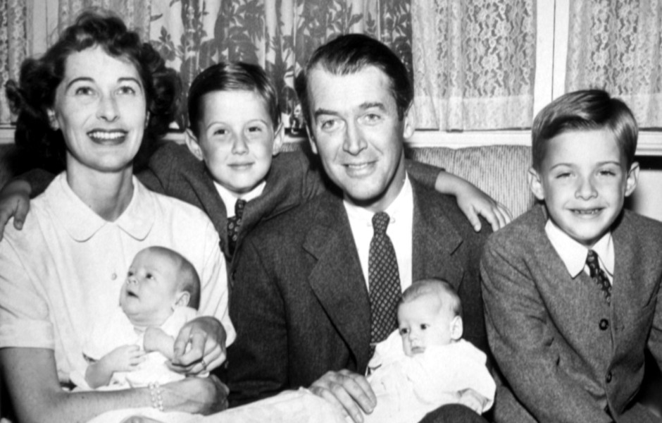 late-star-jimmy-stewarts-daughter-kelly-recalls-sweet-christmas-memories-we-were-astounded