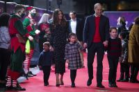 Prince William and Duchess Kate Walk Red Carpet With Kids: Photos 5