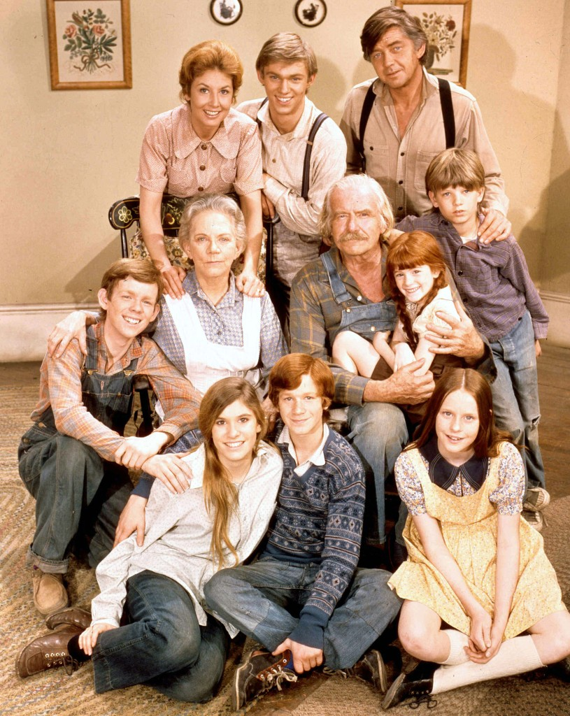 the-waltons-cast-is-like-extended-family-after-50-years