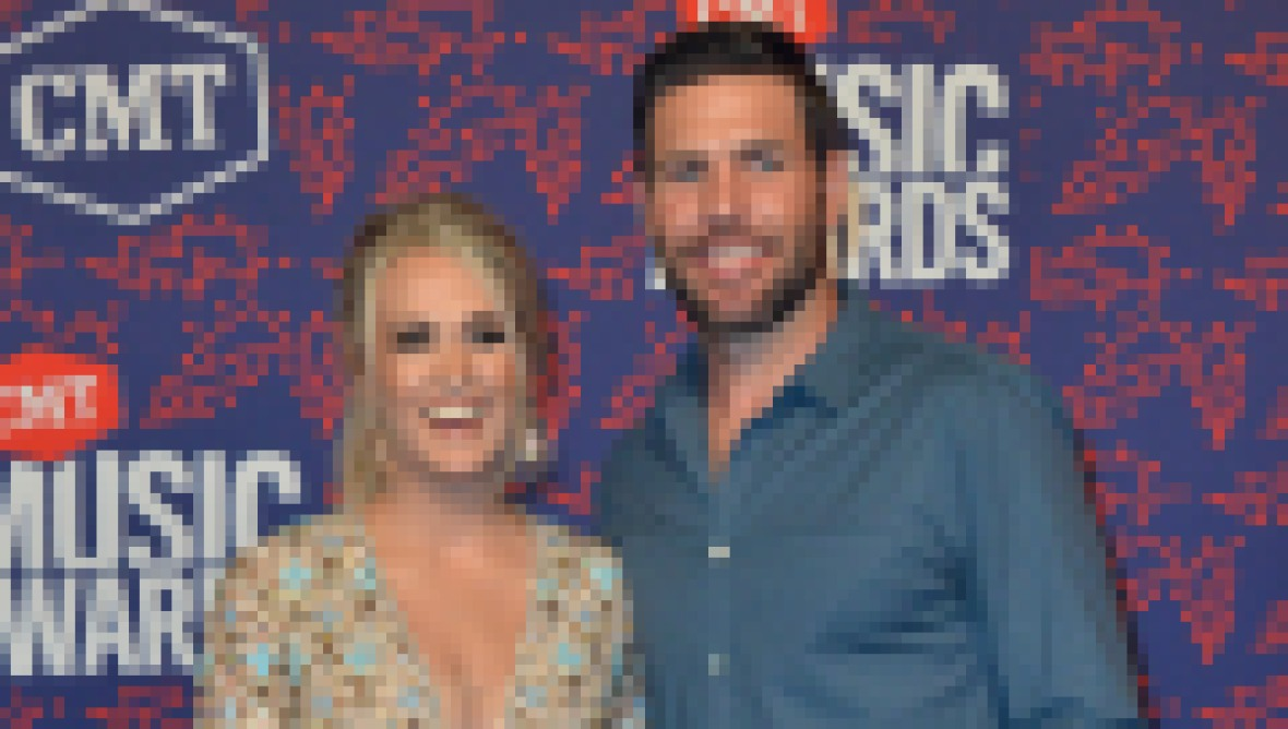 where-does-carrie-underwood-live-photos-of-nashville-home