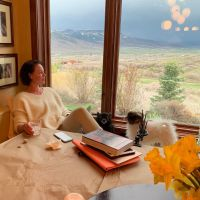 where-does-katherine-heigl-live-photos-inside-her-utah-ranch