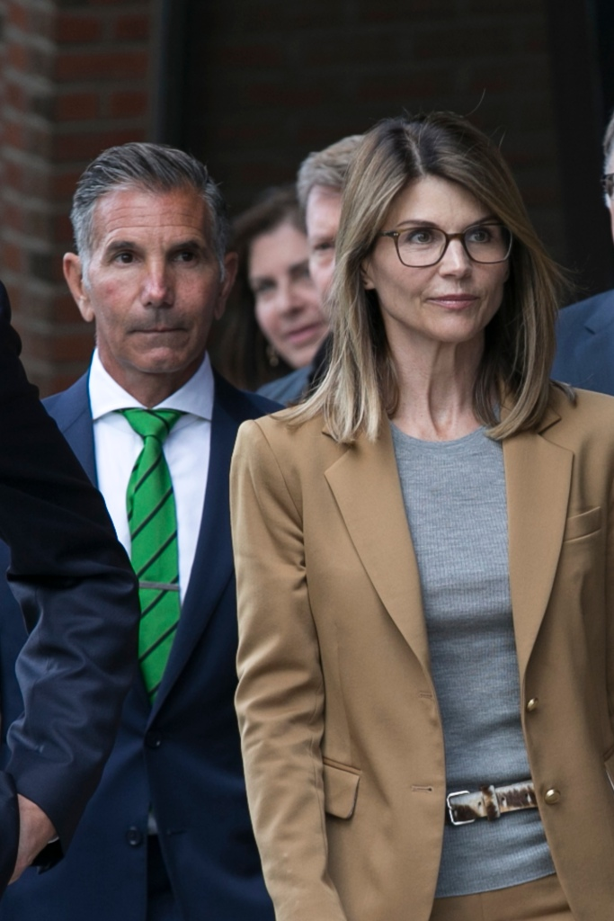 Lori Loughlin Mossimo Giannulli Prison Sentences