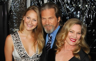 jeff-bridges-is-triumphing-over-lymphoma-with-the-support-of-his-family-he-is-feeling-the-love