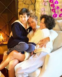 jennifer-lopez-twins-photos-of-max-and-emme-through-the-years