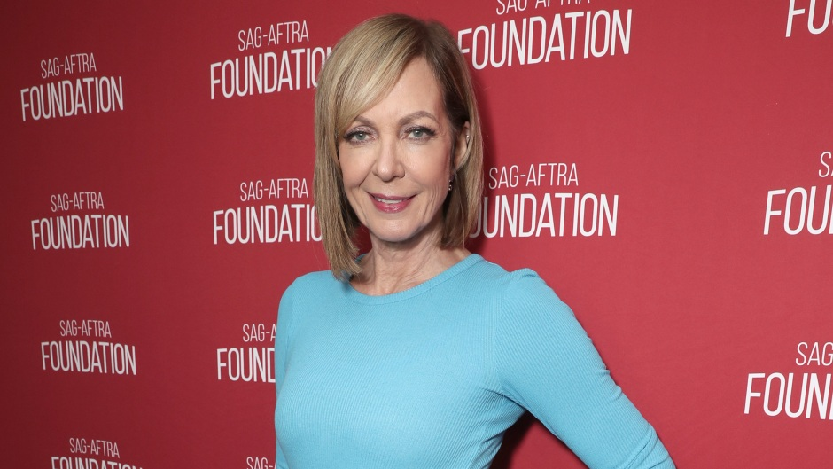 Is Allison Janney Married? She's Had Long-Term Relationships