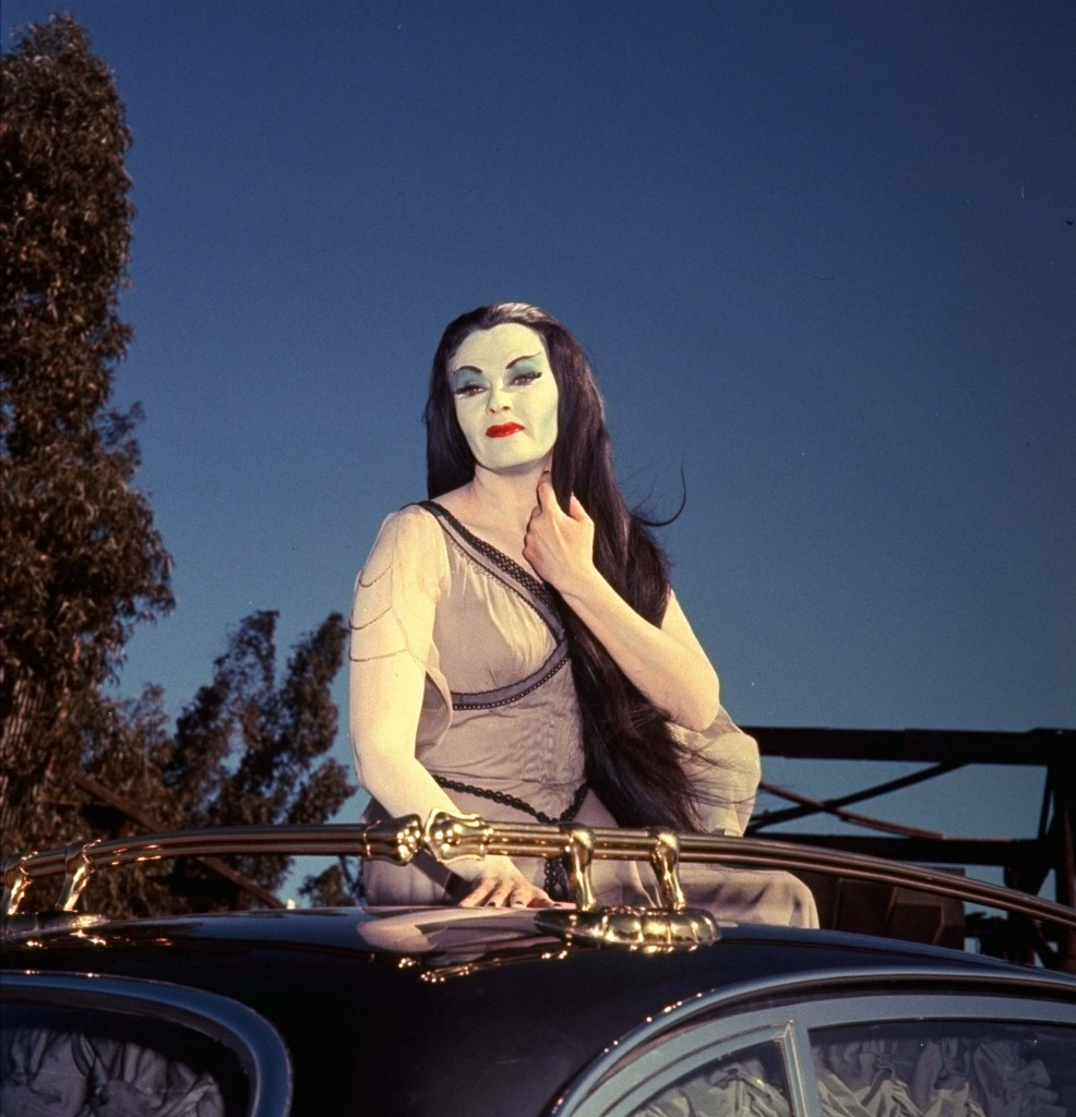 Yvonne De Carlo The Munsters Lily Photos
