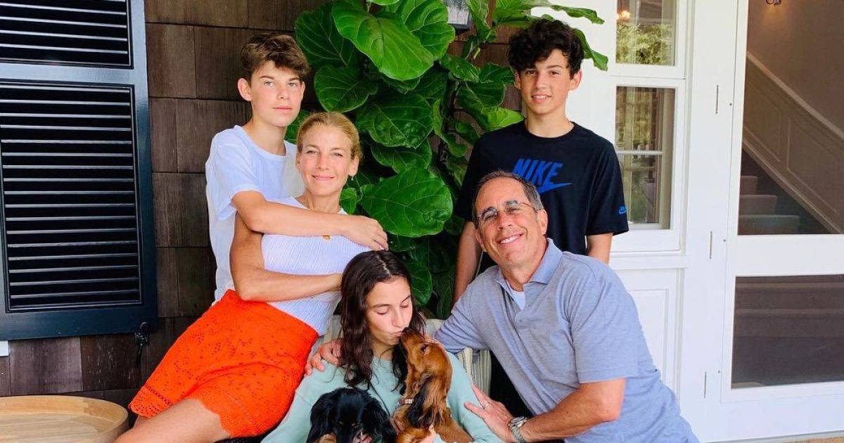 jerry seinfelds photos with his kids best family pictures04 jpg?crop=40px,184px,1005px,528px&resize=1200,630.