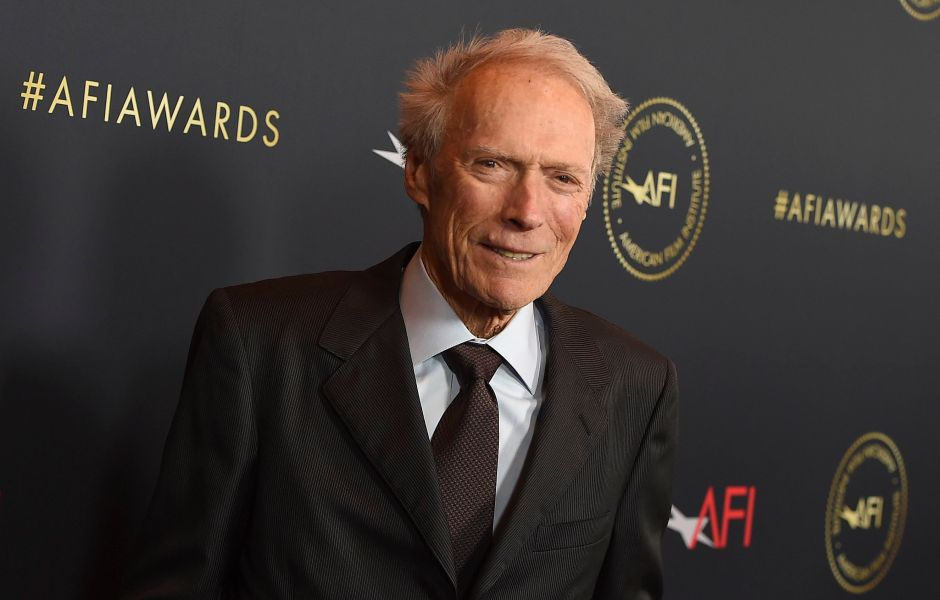 clint-eastwood-stays-fit-at-91-without-being-too-strenuous
