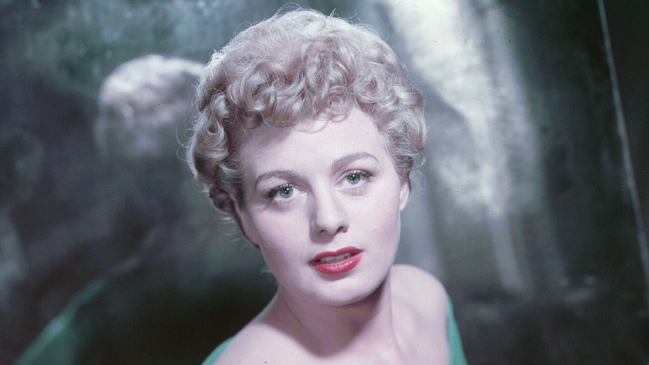 inside-shelley-winters-marriage-and-search-for-love-details