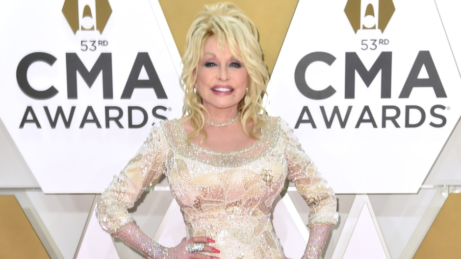 How Dolly Parton Spends Her $350M Fortune